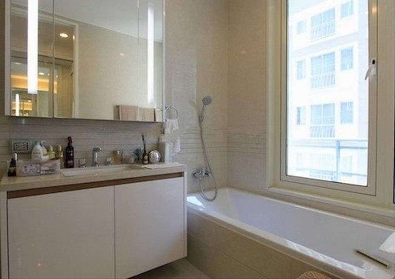 Bangkok Residential Agency's 2 Bed Condo For Rent in Chidlom BR2478CD 6