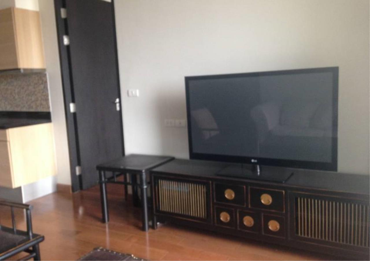 Bangkok Residential Agency's 1 Bed Condo For Rent in Chidlom BR2523CD 2