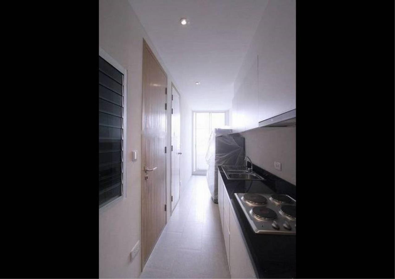 Bangkok Residential Agency's 3 Bed Condo For Rent in Thonglor BR2559CD 10