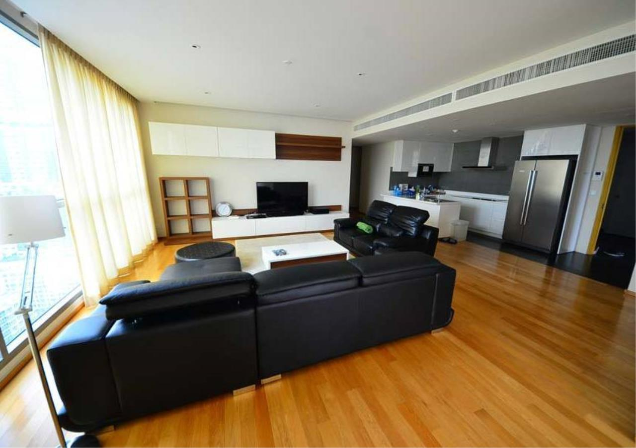 Bangkok Residential Agency's 3 Bed Condo For Rent in Thonglor BR2559CD 14