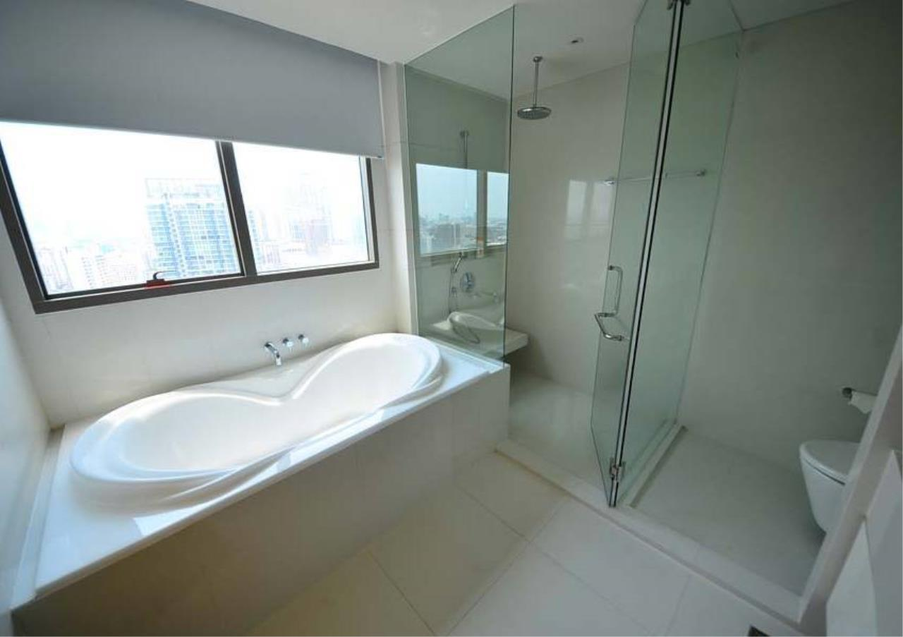 Bangkok Residential Agency's 3 Bed Condo For Rent in Thonglor BR2559CD 17