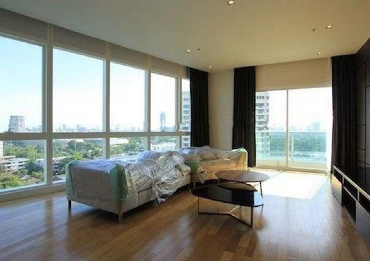 Bangkok Residential Agency's 3 Bed Condo For Rent in Asoke BR2562CD 1