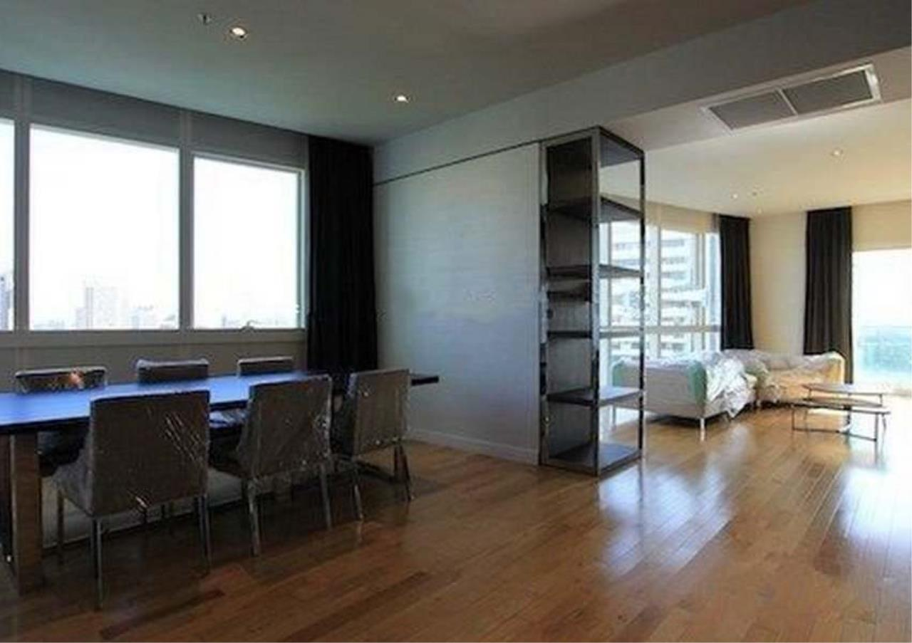 Bangkok Residential Agency's 3 Bed Condo For Rent in Asoke BR2562CD 2