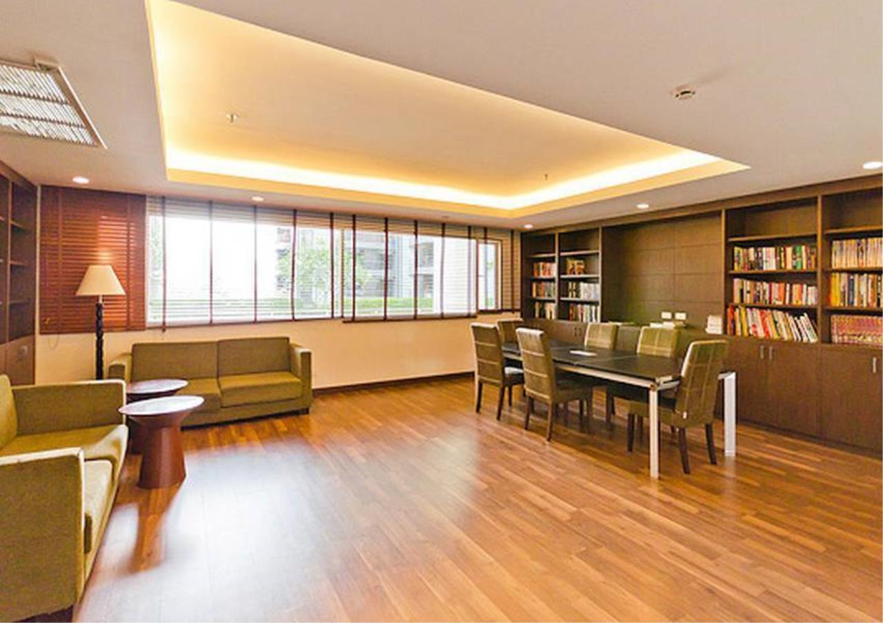 Bangkok Residential Agency's 2 Bed Condo For Rent in Ratchadamri BR2585CD 8