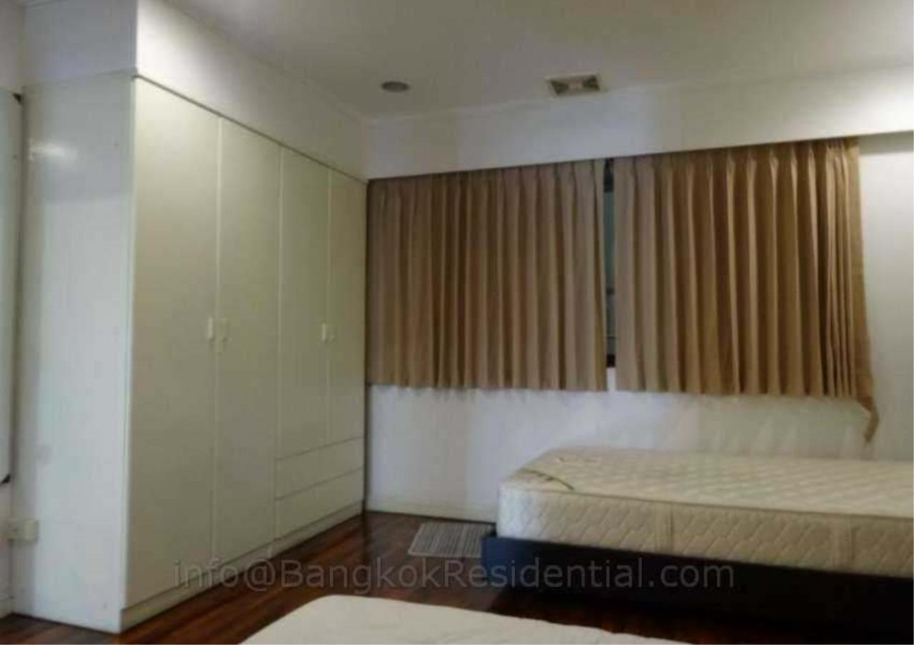 Bangkok Residential Agency's 2 Bed Duplex Condo For Rent in Phrom Phong BR2630CD 12