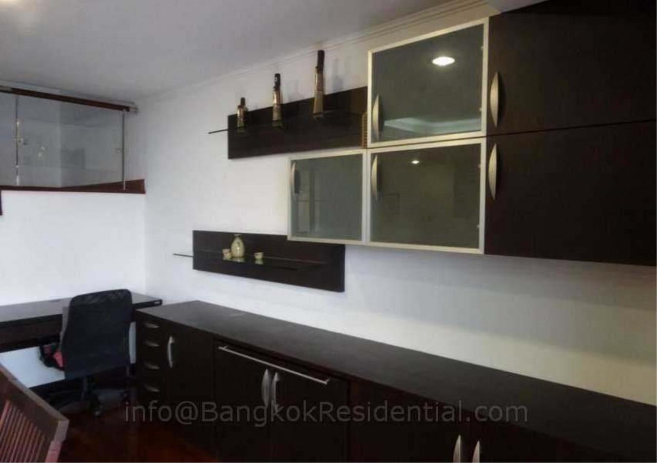 Bangkok Residential Agency's 2 Bed Duplex Condo For Rent in Phrom Phong BR2630CD 8