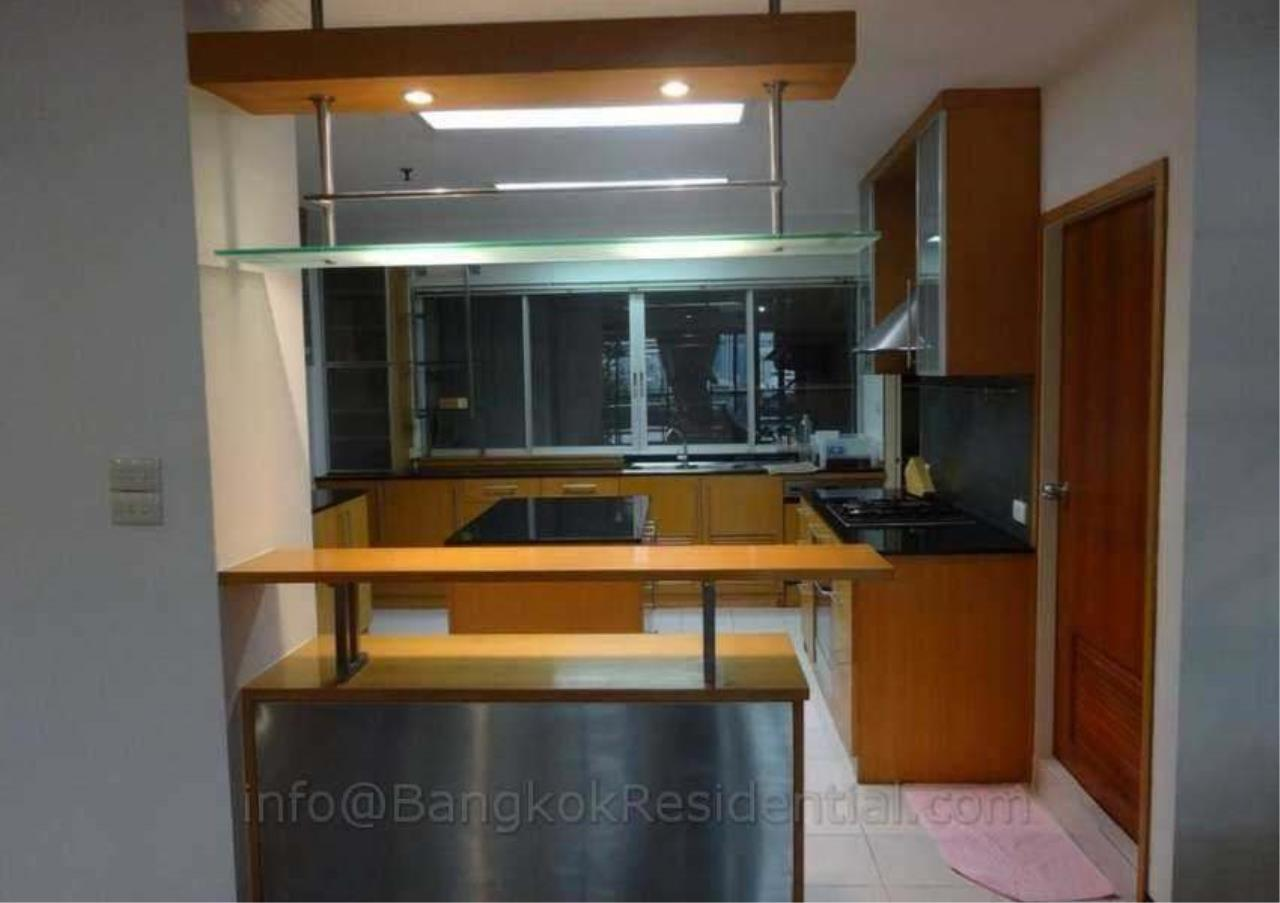 Bangkok Residential Agency's 2 Bed Duplex Condo For Rent in Phrom Phong BR2630CD 6