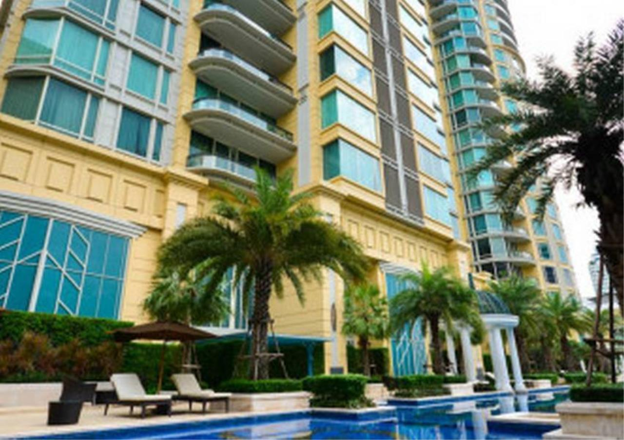 Bangkok Residential Agency's 3 Bed Condo For Rent in Asoke BR2633CD 2