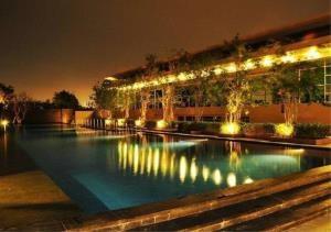 Bangkok Residential Agency's 3 Bed Condo For Rent Near  Riverside BR2688CD 4