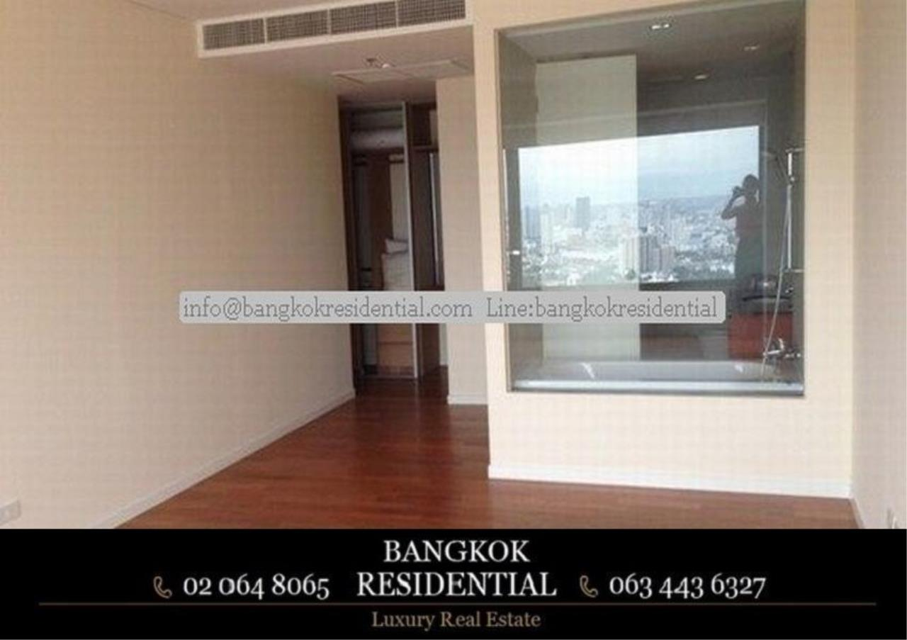 Bangkok Residential Agency's 3 Bed Condo For Rent in Sathorn BR2714CD 2