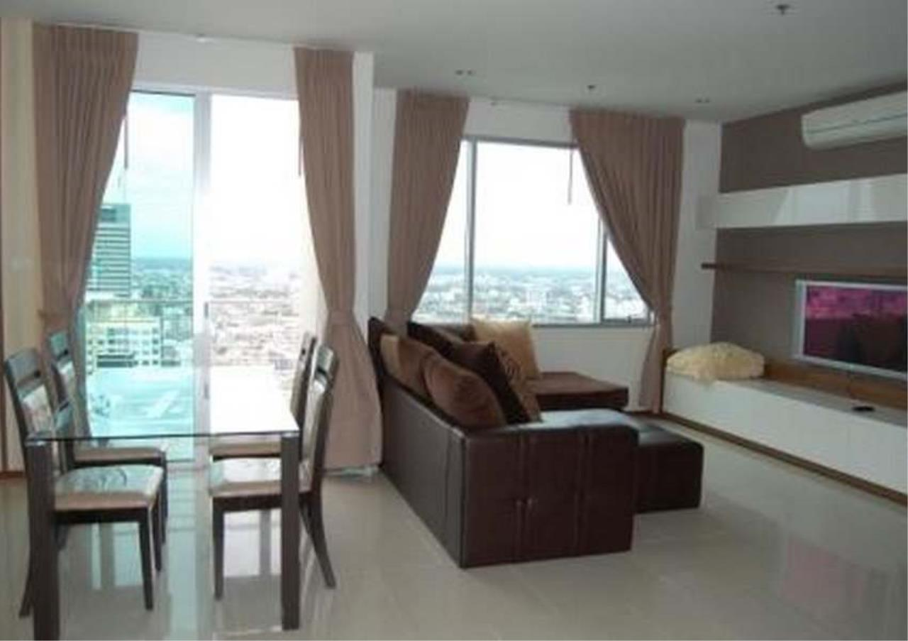 Bangkok Residential Agency's 3 Bed Condo For Rent Near Riverside BR2766CD 1