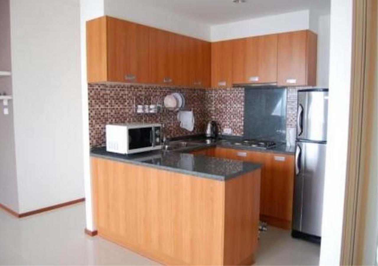 Bangkok Residential Agency's 3 Bed Condo For Rent Near Riverside BR2766CD 4