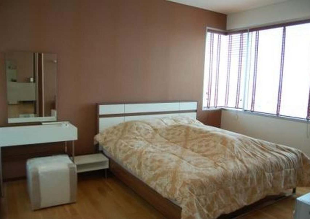 Bangkok Residential Agency's 3 Bed Condo For Rent Near Riverside BR2766CD 5