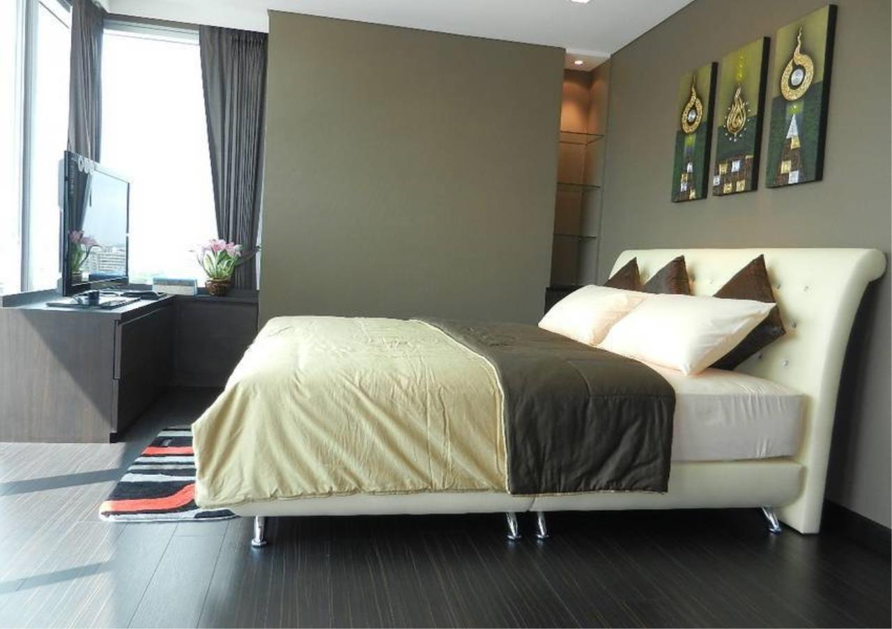 Bangkok Residential Agency's 2 Bed Condo For Rent in Phra Khanong BR2771CD 5