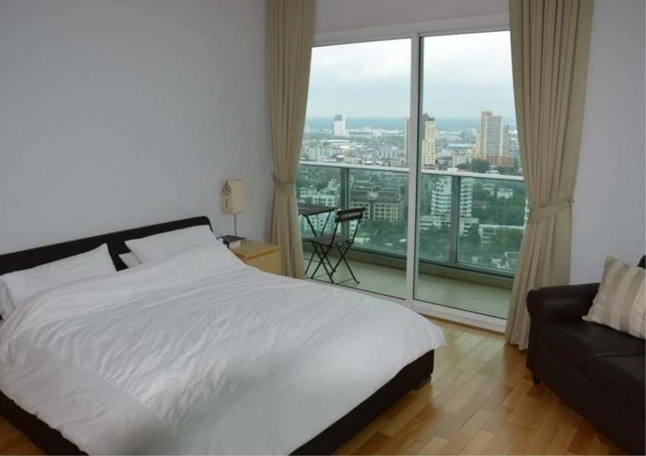 Bangkok Residential Agency's 3 Bed Condo For Rent in Asoke BR2774CD 1