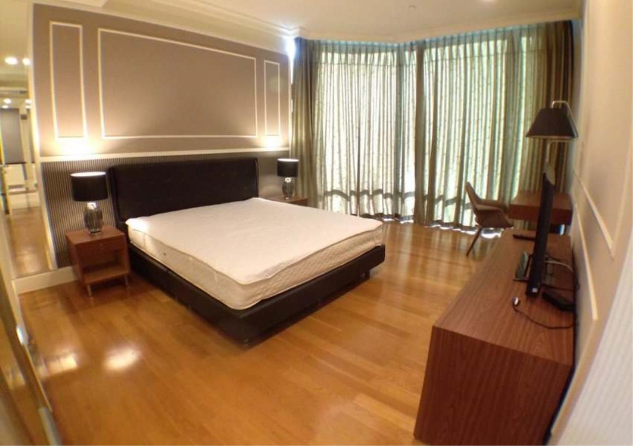 Bangkok Residential Agency's 3 Bed Condo For Rent in Asoke BR2828CD 9