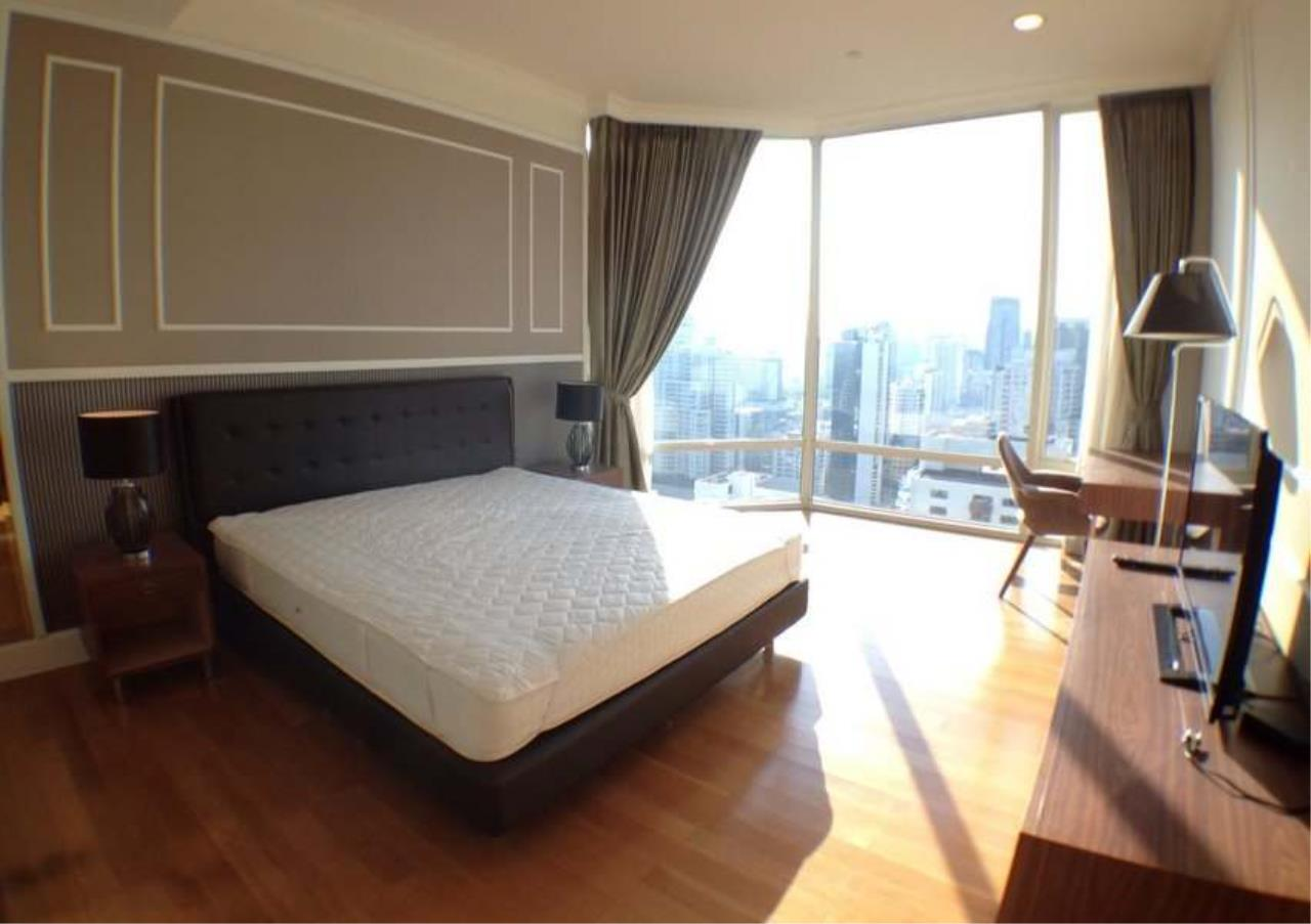 Bangkok Residential Agency's 3 Bed Condo For Rent in Asoke BR2828CD 19