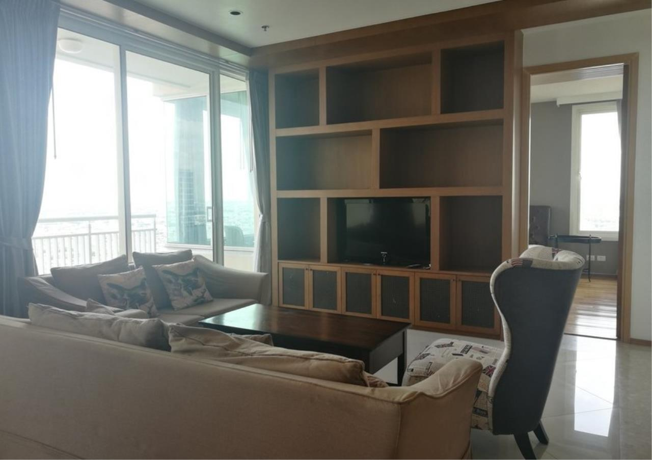 Bangkok Residential Agency's 3 Bed Condo For Rent in Sathorn BR2897CD 5
