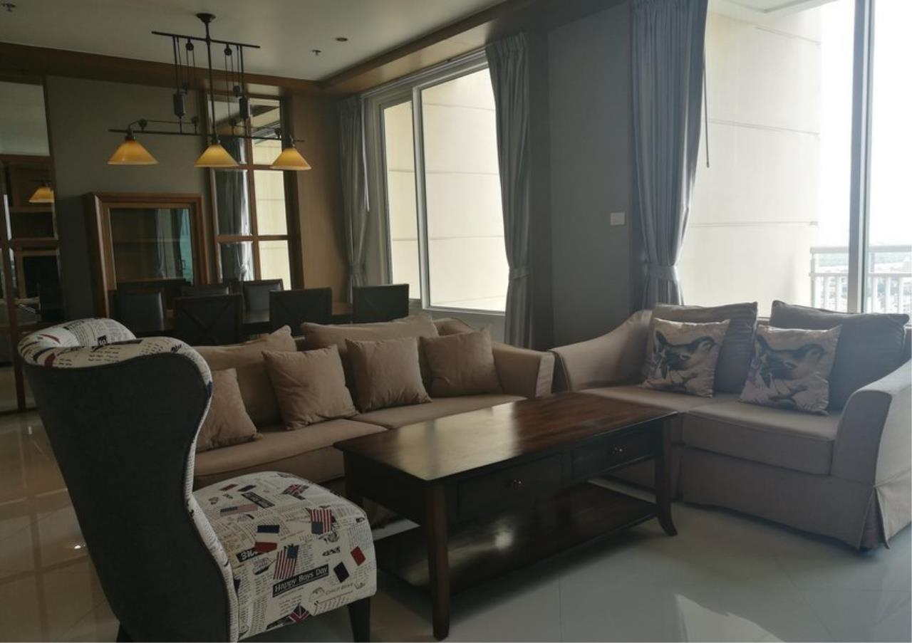 Bangkok Residential Agency's 3 Bed Condo For Rent in Sathorn BR2897CD 3