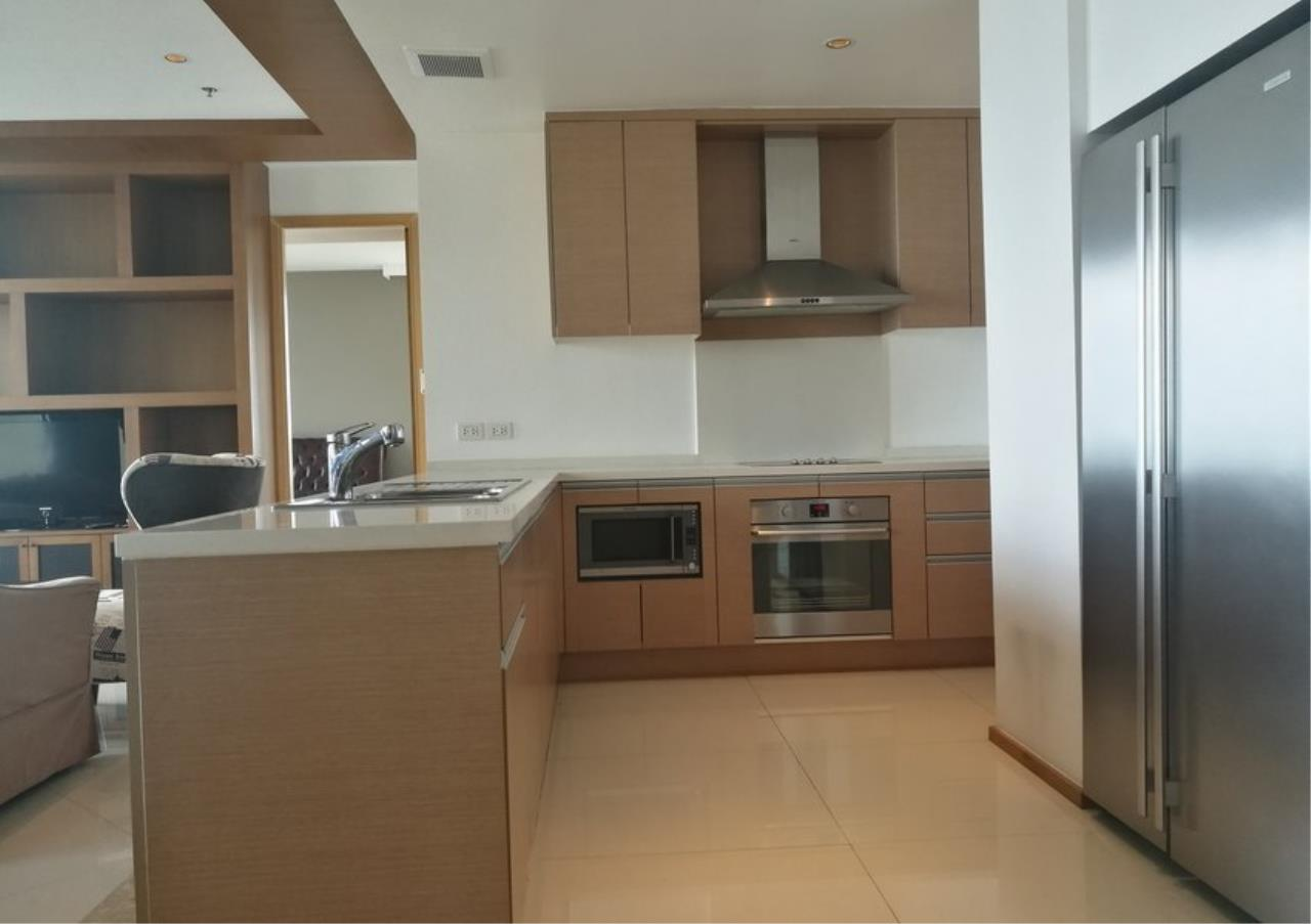 Bangkok Residential Agency's 3 Bed Condo For Rent in Sathorn BR2897CD 7