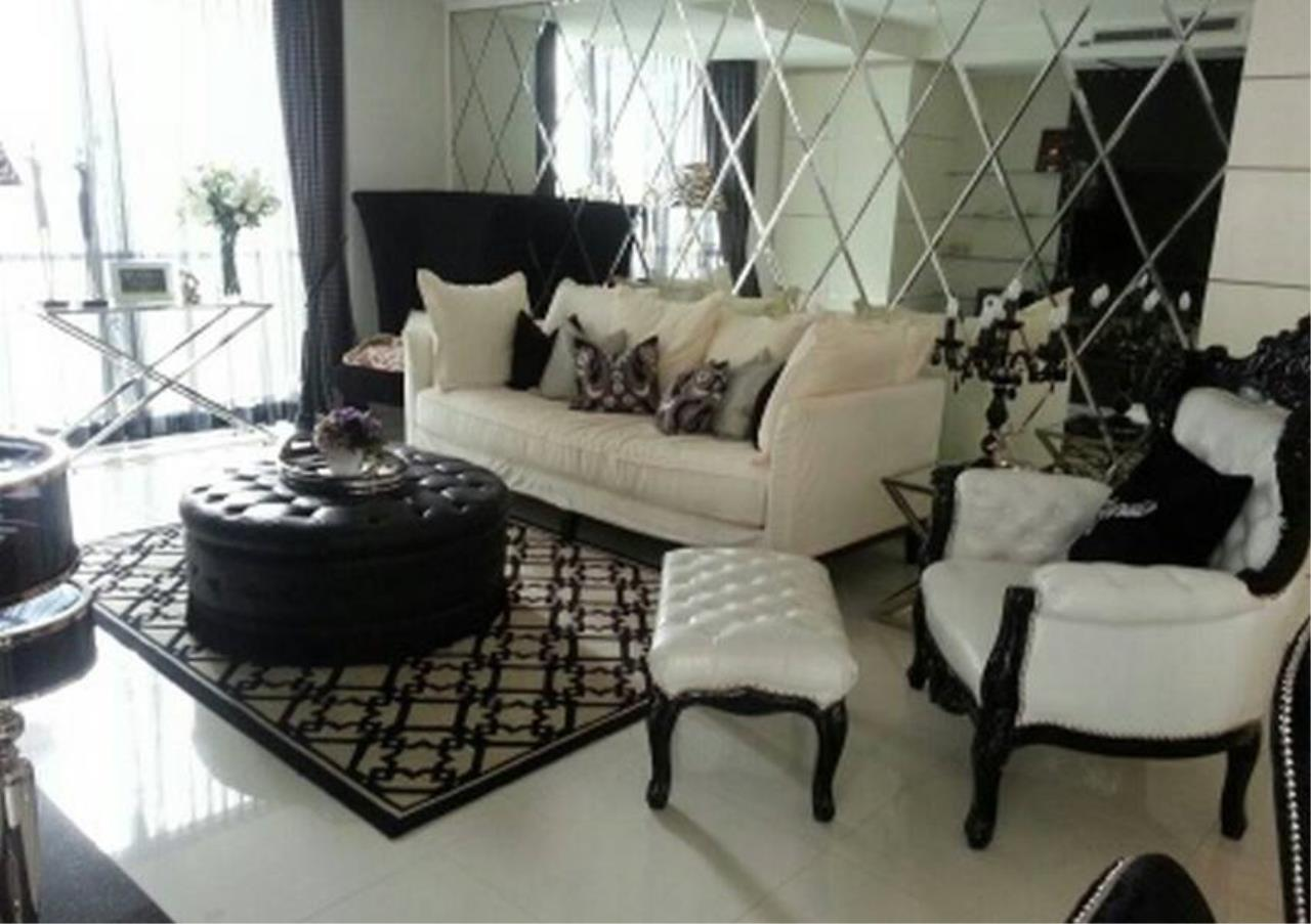 Bangkok Residential Agency's 2 Bed Condo For Rent in Ratchadamri BR2903CD 1