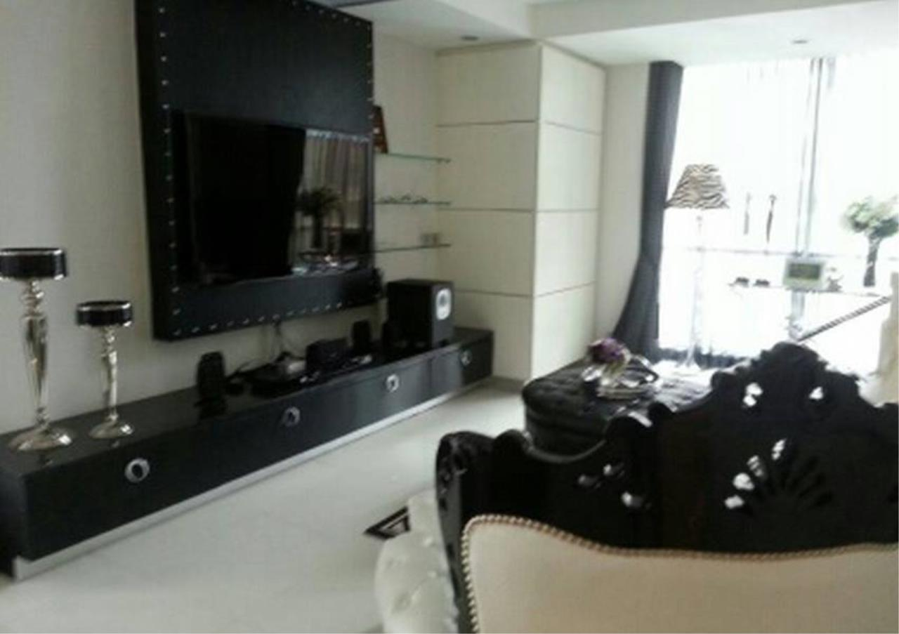 Bangkok Residential Agency's 2 Bed Condo For Rent in Ratchadamri BR2903CD 3