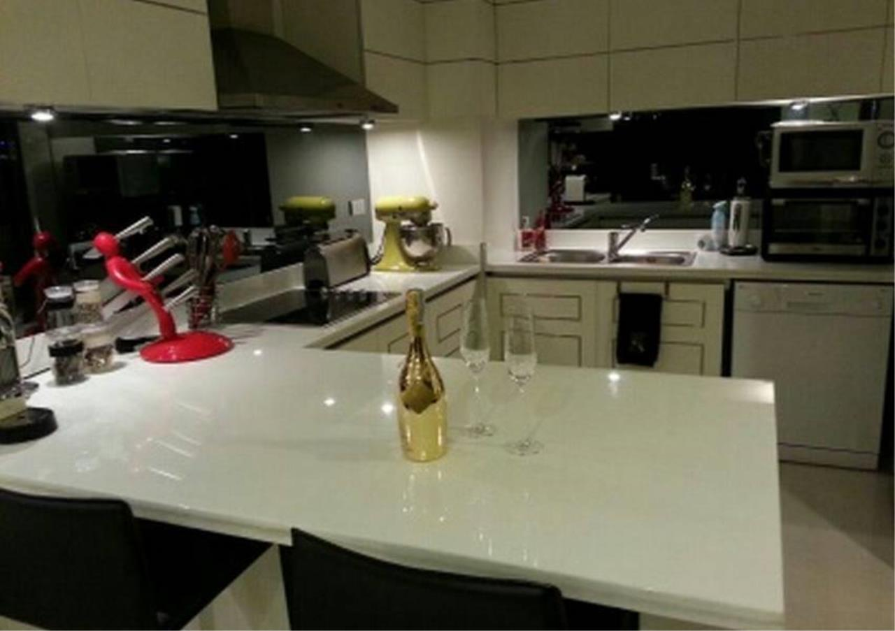 Bangkok Residential Agency's 2 Bed Condo For Rent in Ratchadamri BR2903CD 6