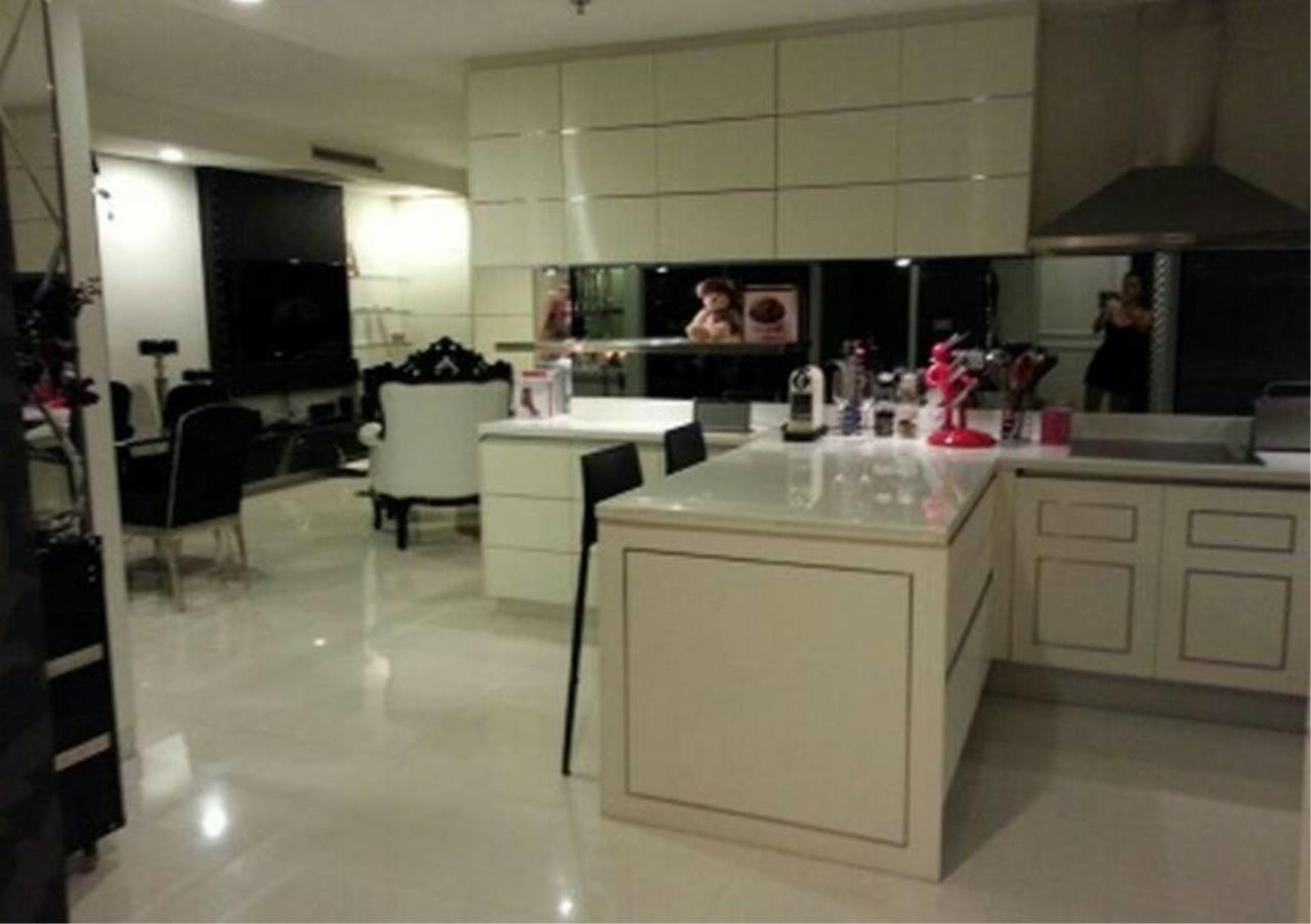 Bangkok Residential Agency's 2 Bed Condo For Rent in Ratchadamri BR2903CD 7