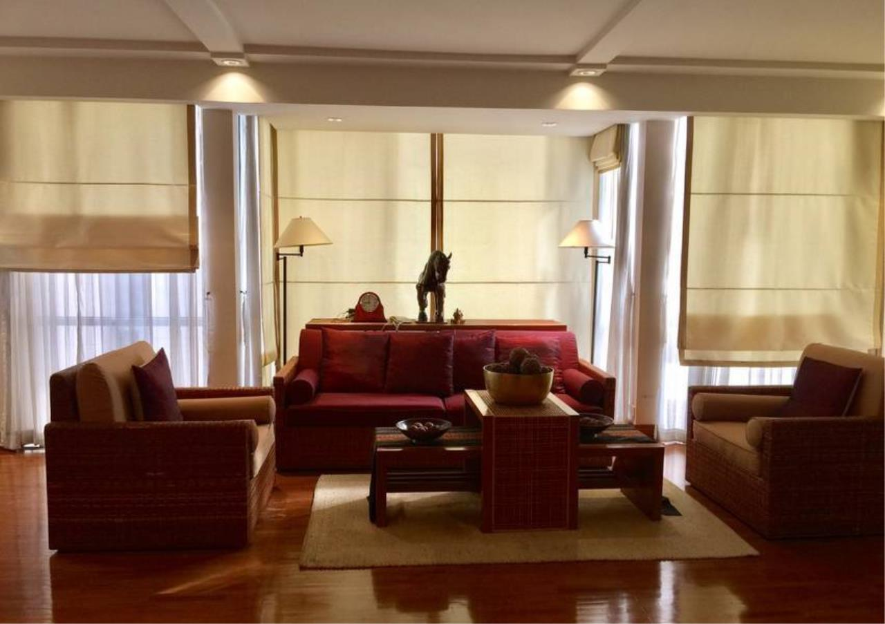 Bangkok Residential Agency's 2 Bed Condo For Rent in Chidlom BR2917CD 1
