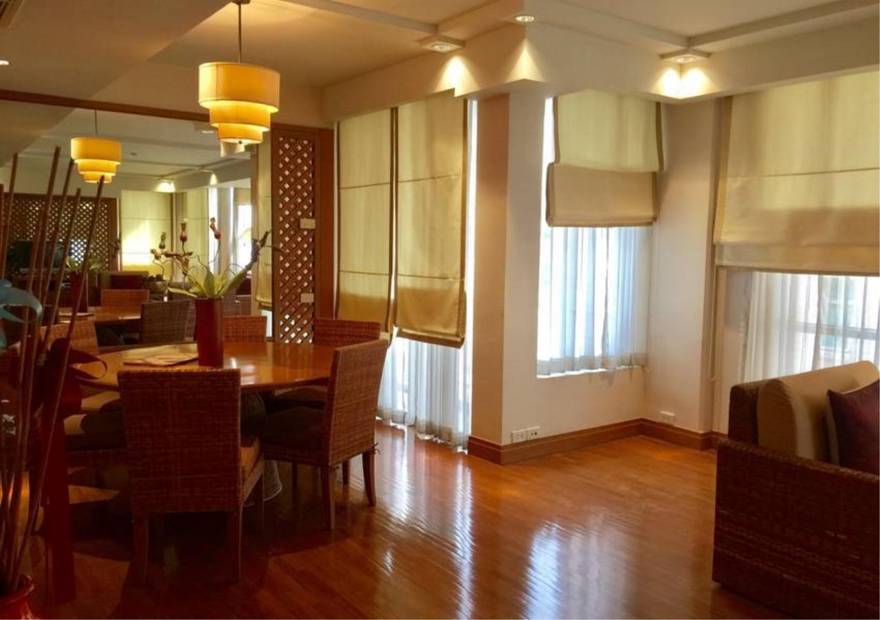 Bangkok Residential Agency's 2 Bed Condo For Rent in Chidlom BR2917CD 2