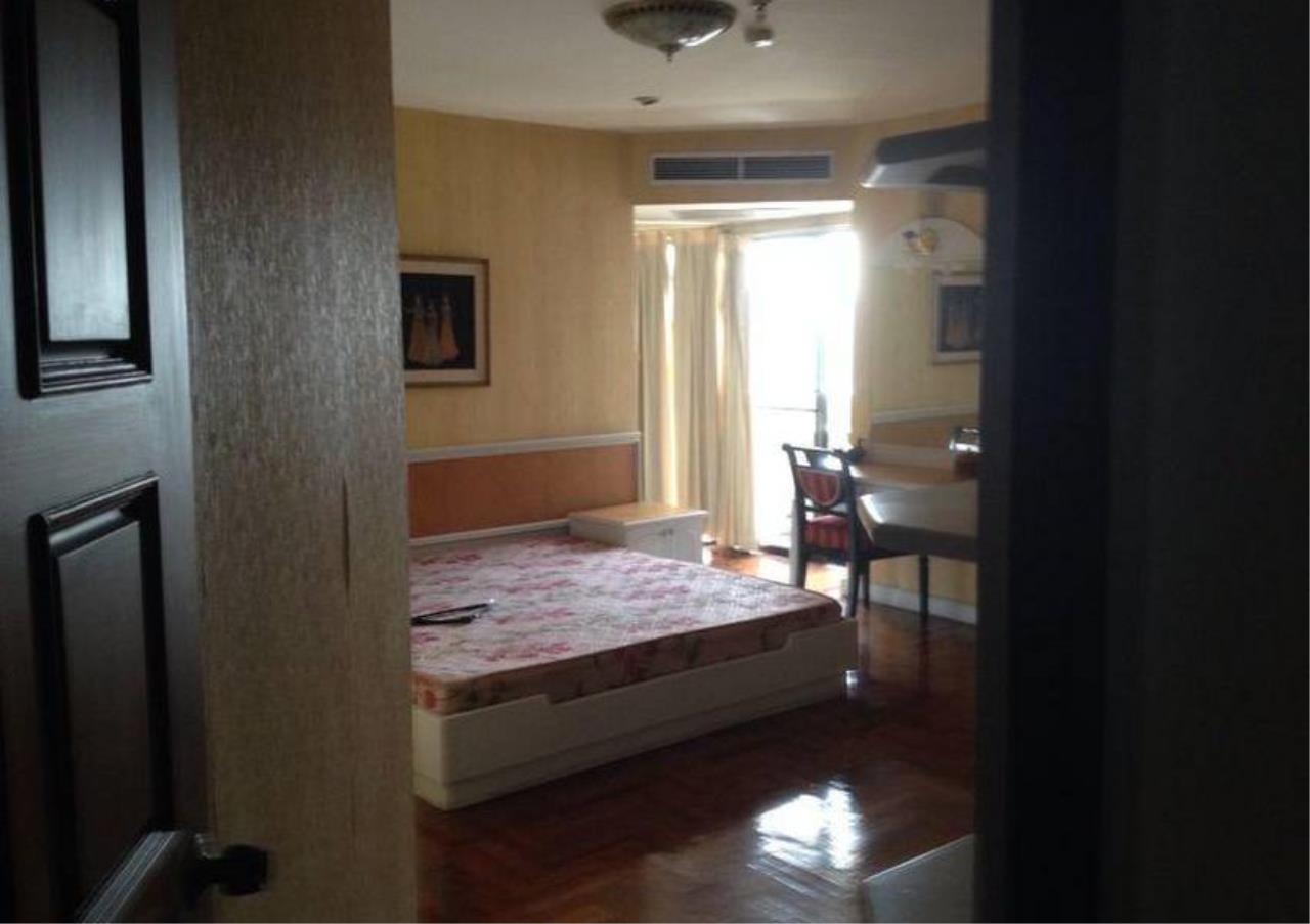 Bangkok Residential Agency's 3 Bed Condo For Rent in Thonglor BR2950CD 7