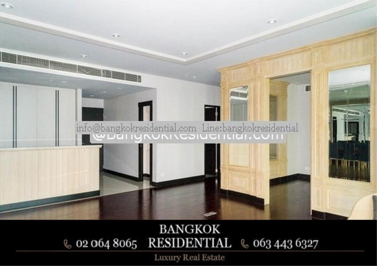 Bangkok Residential Agency's 3 Bed Condo For Rent in Chidlom BR3049CD 11