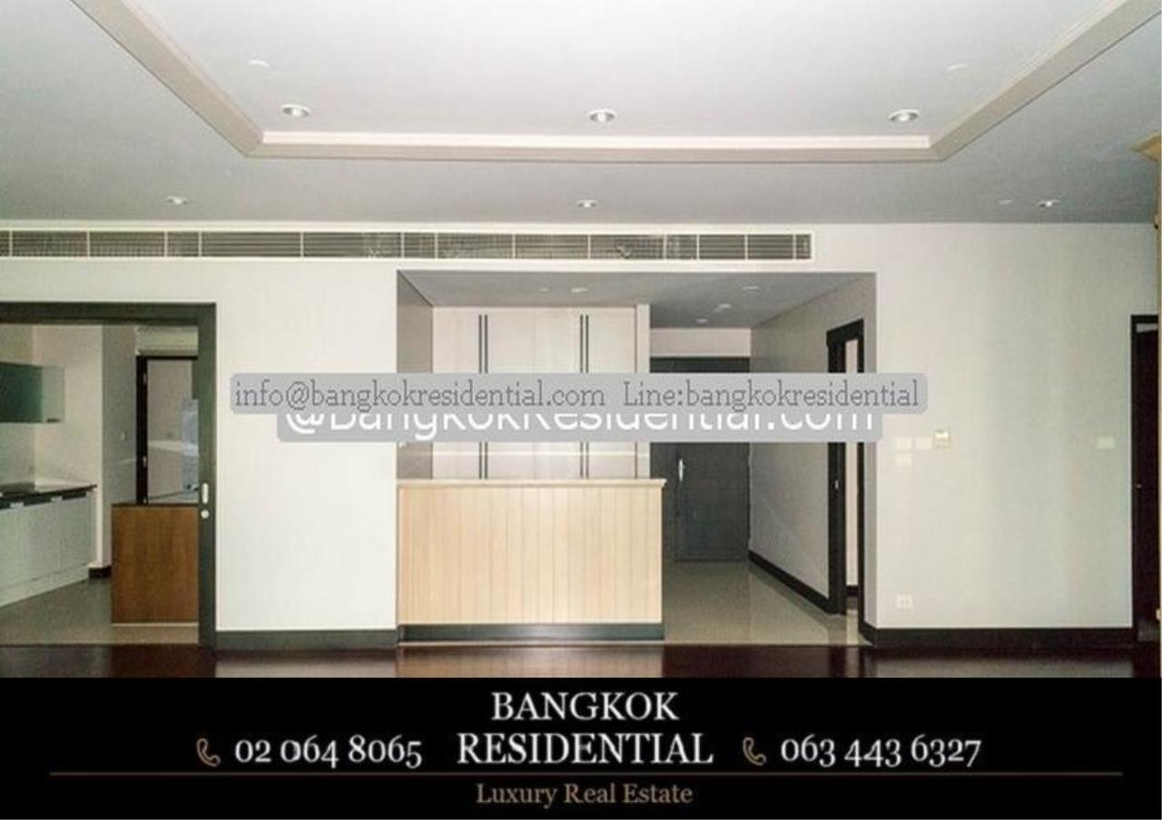 Bangkok Residential Agency's 3 Bed Condo For Rent in Chidlom BR3049CD 12