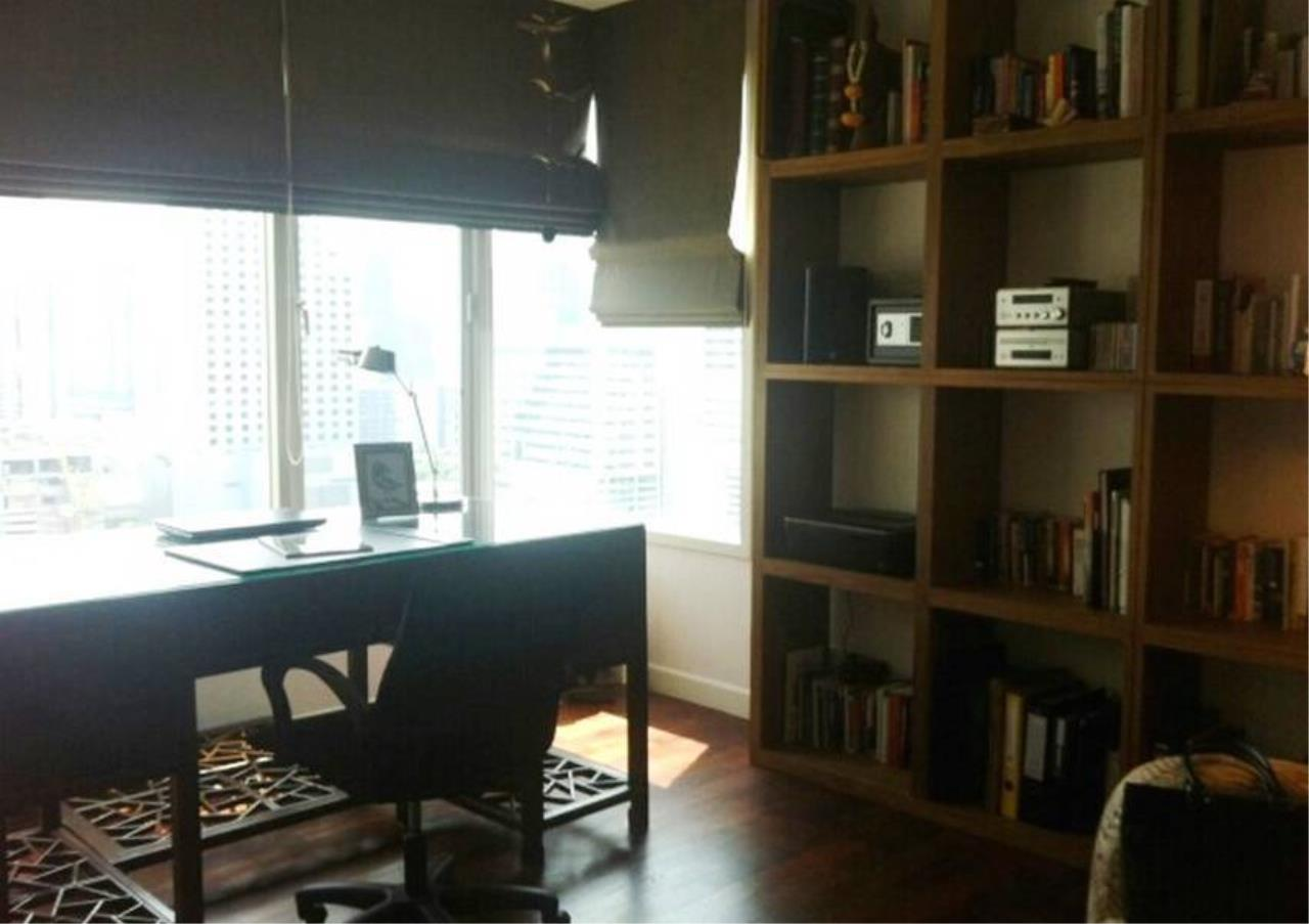 Bangkok Residential Agency's 2 Bed Condo For Rent in Phrom Phong BR3101CD 2