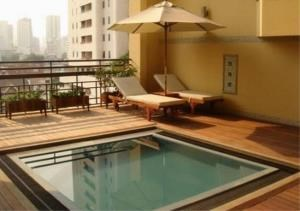 Bangkok Residential Agency's 3 Bed Condo For Rent in Phrom Phong BR3122CD 1