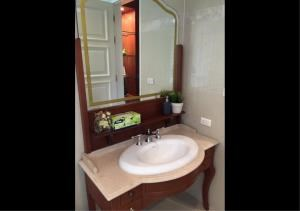 Bangkok Residential Agency's 2 Bed Condo For Rent in Phrom Phong BR3164CD 12