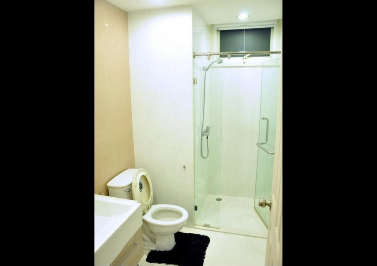Bangkok Residential Agency's 2 Bed Condo For Rent in Phrom Phong BR3225CD 7