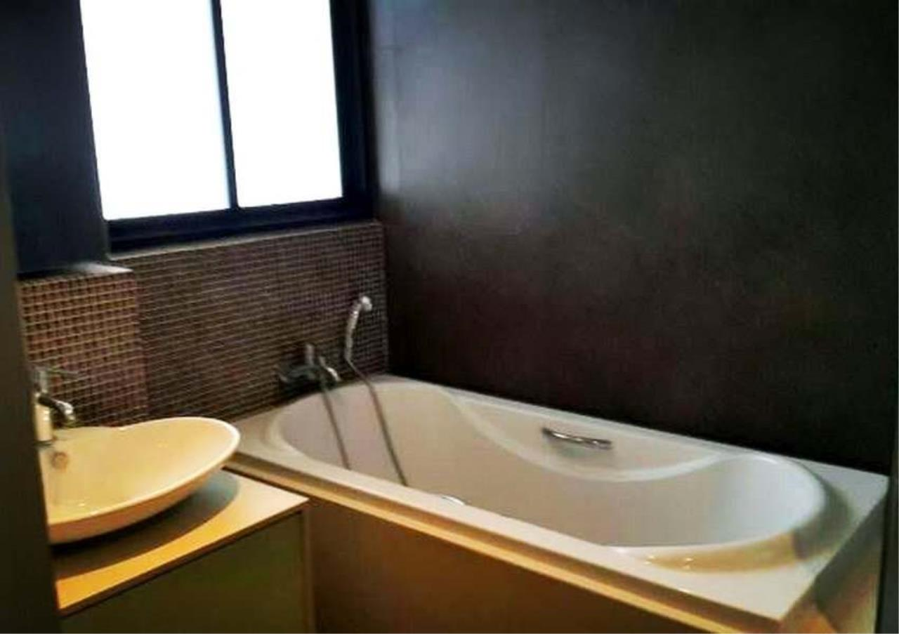 Bangkok Residential Agency's 3 Bed Condo For Rent in Thonglor BR3250CD 8