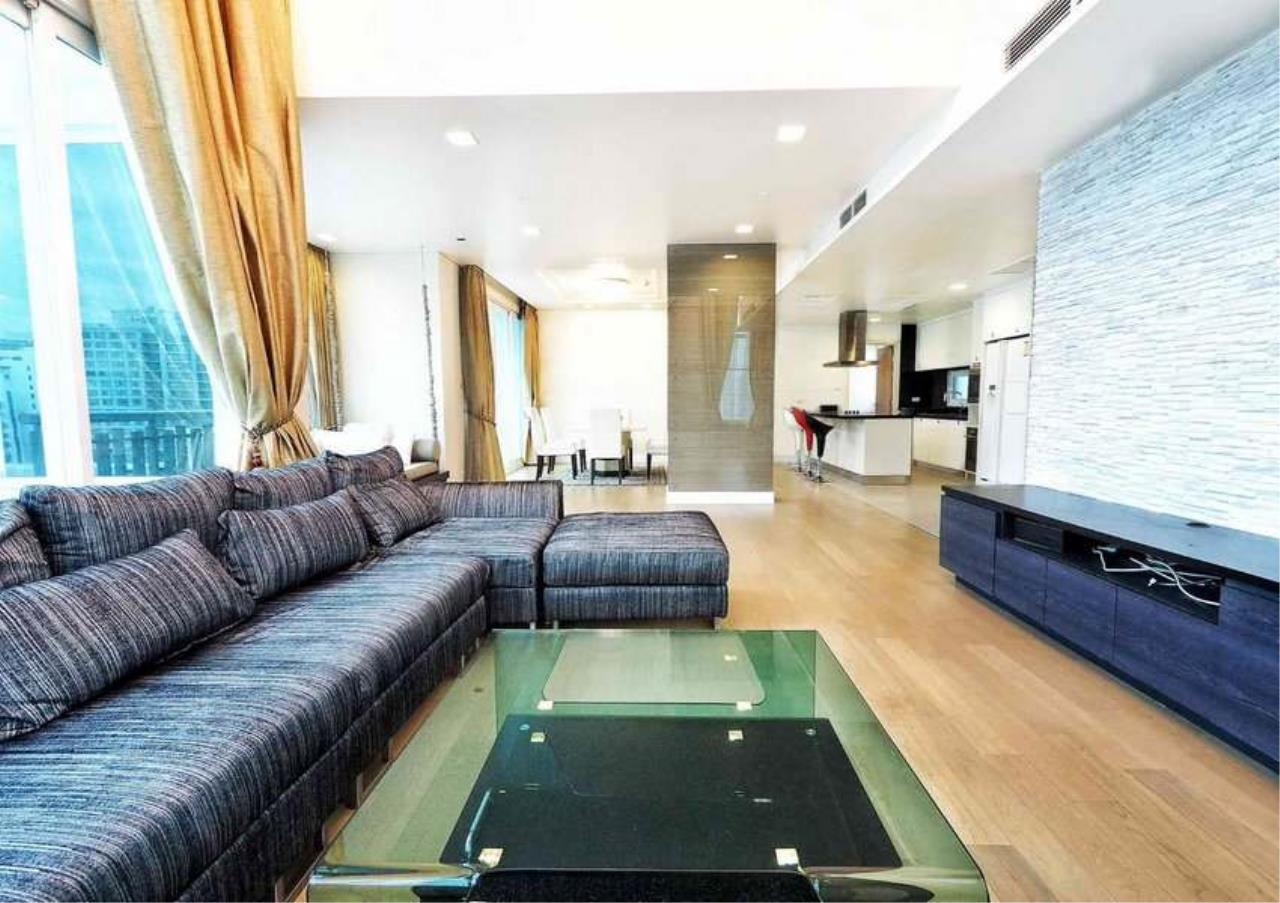 Bangkok Residential Agency's 3 Bed Penthouse For Rent in Asoke BR3253CD 1