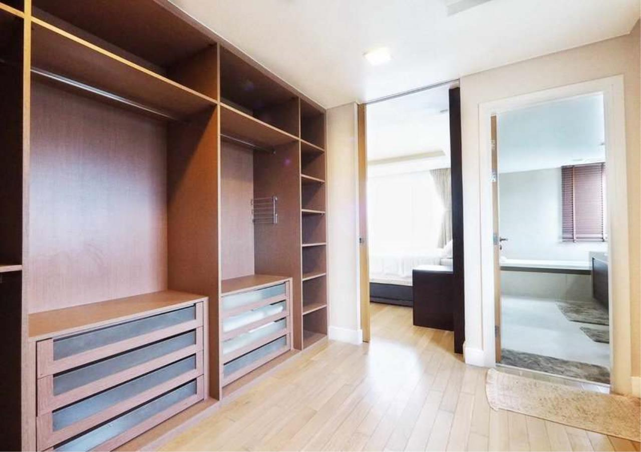 Bangkok Residential Agency's 3 Bed Penthouse For Rent in Asoke BR3253CD 9