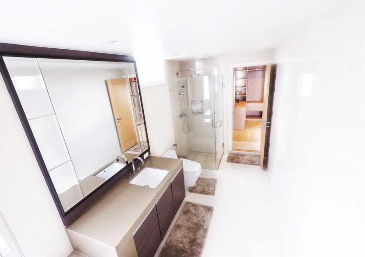 Bangkok Residential Agency's 3 Bed Penthouse For Rent in Asoke BR3253CD 10