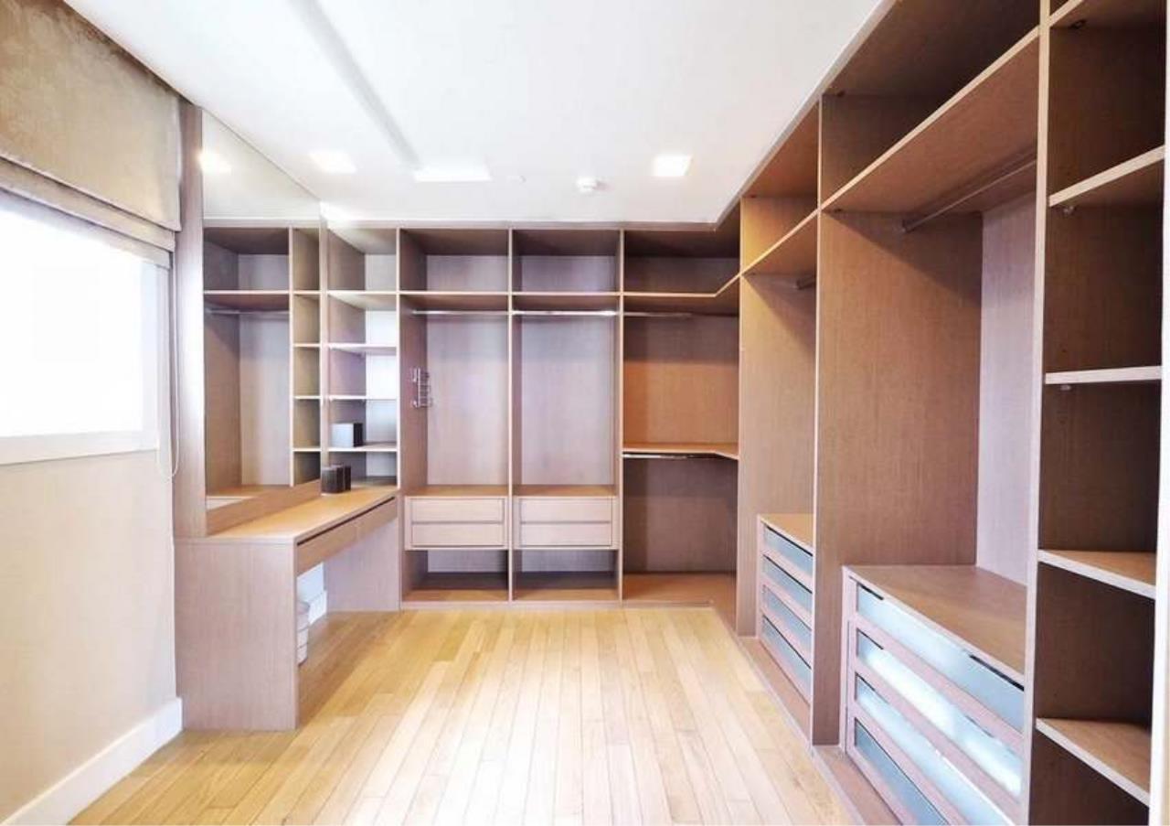 Bangkok Residential Agency's 3 Bed Penthouse For Rent in Asoke BR3253CD 12