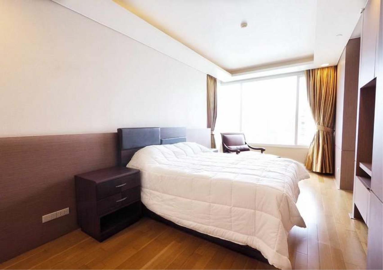 Bangkok Residential Agency's 3 Bed Penthouse For Rent in Asoke BR3253CD 18