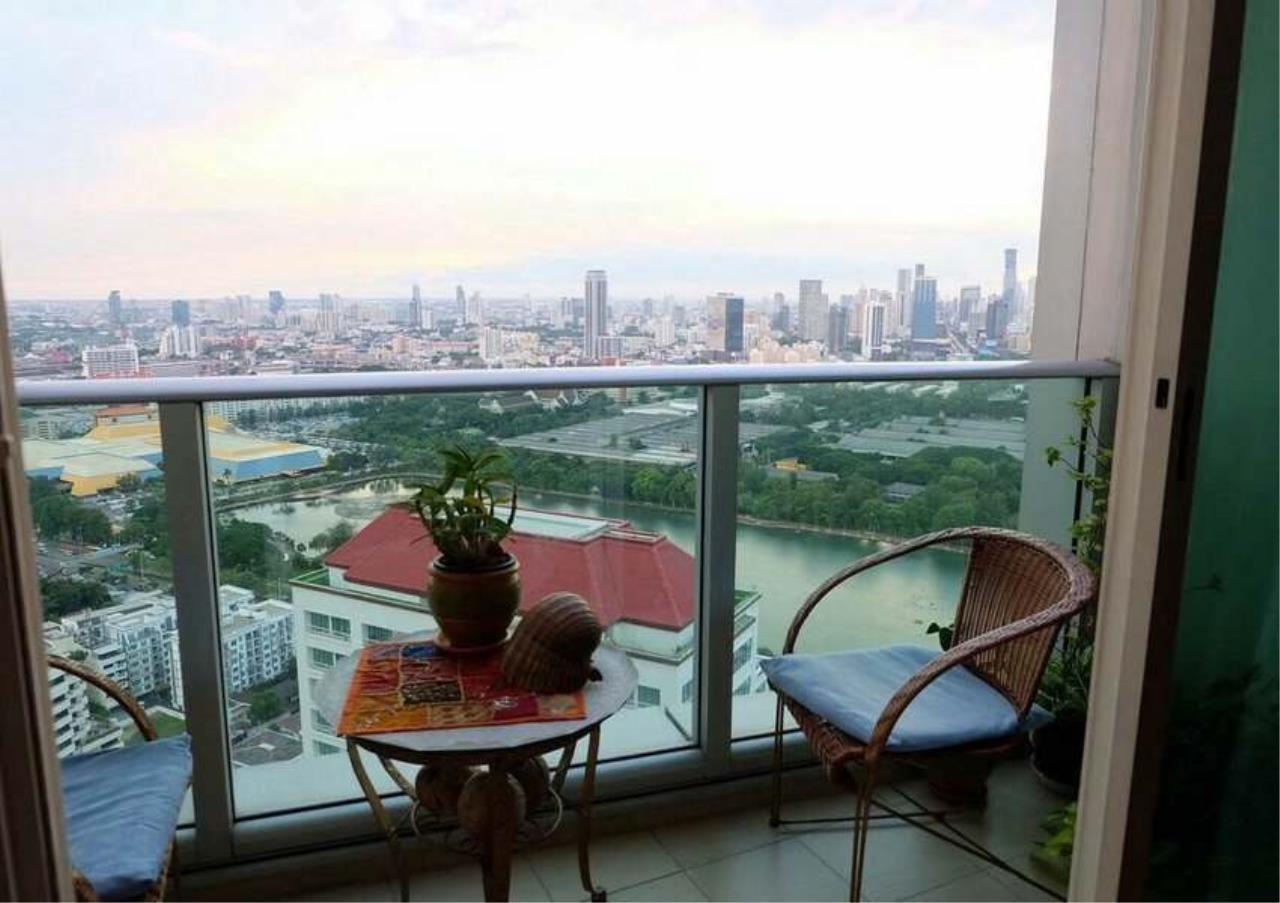 Bangkok Residential Agency's 3 Bed Condo For Rent in Asoke BR3271CD 8