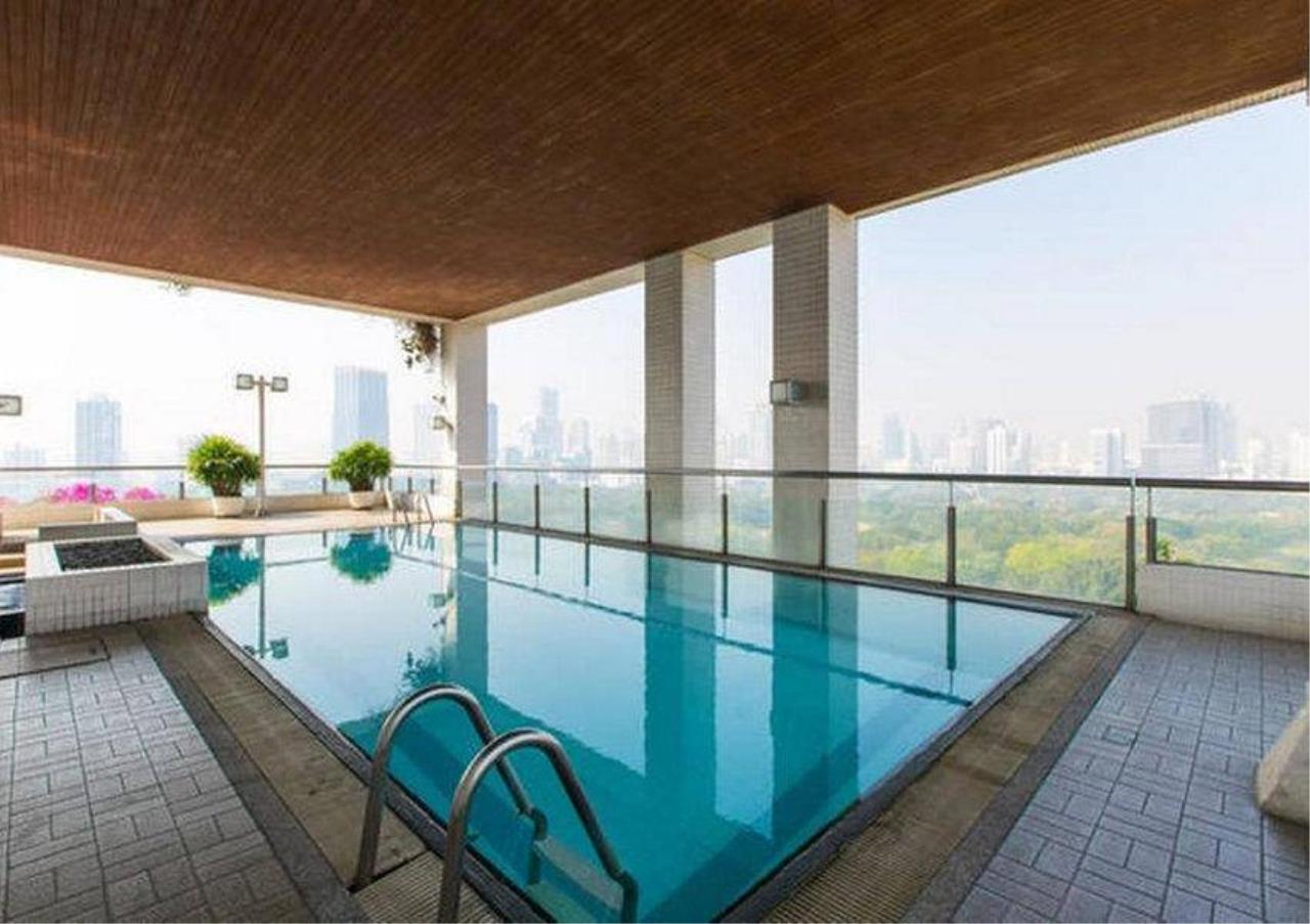 Bangkok Residential Agency's 2 Bed Condo For Rent in Ratchadamri BR3295CD 3