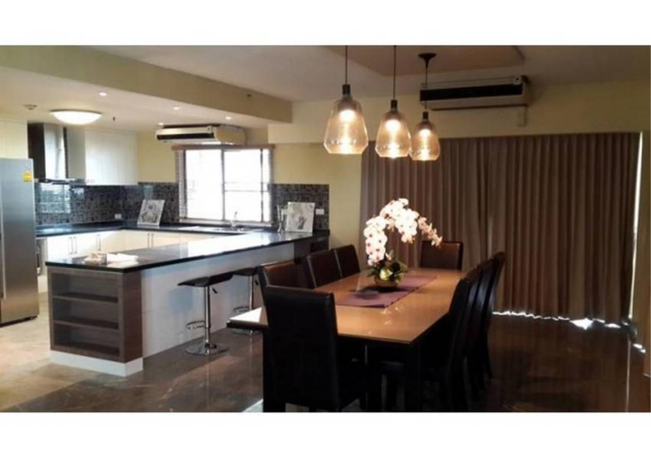 Bangkok Residential Agency's 3 Bed Condo For Sale in Sathorn BR3304CD 1