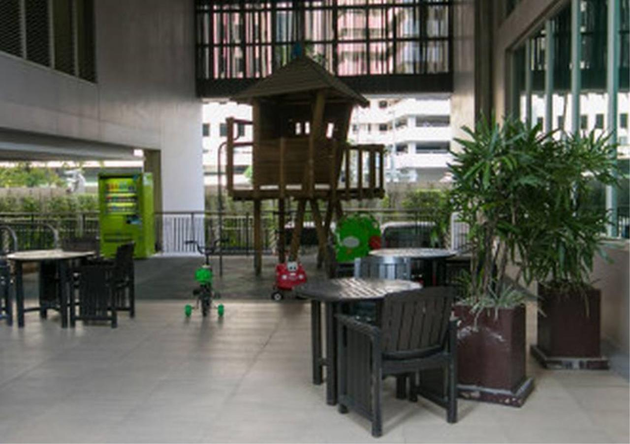 Bangkok Residential Agency's 1 Bed Condo For Rent in Chidlom BR3420CD 6