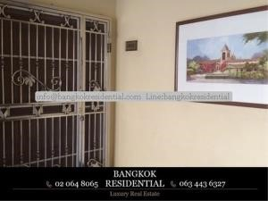 Bangkok Residential Agency's 3 Bed Condo For Rent in Phrom Phong BR3455CD 5