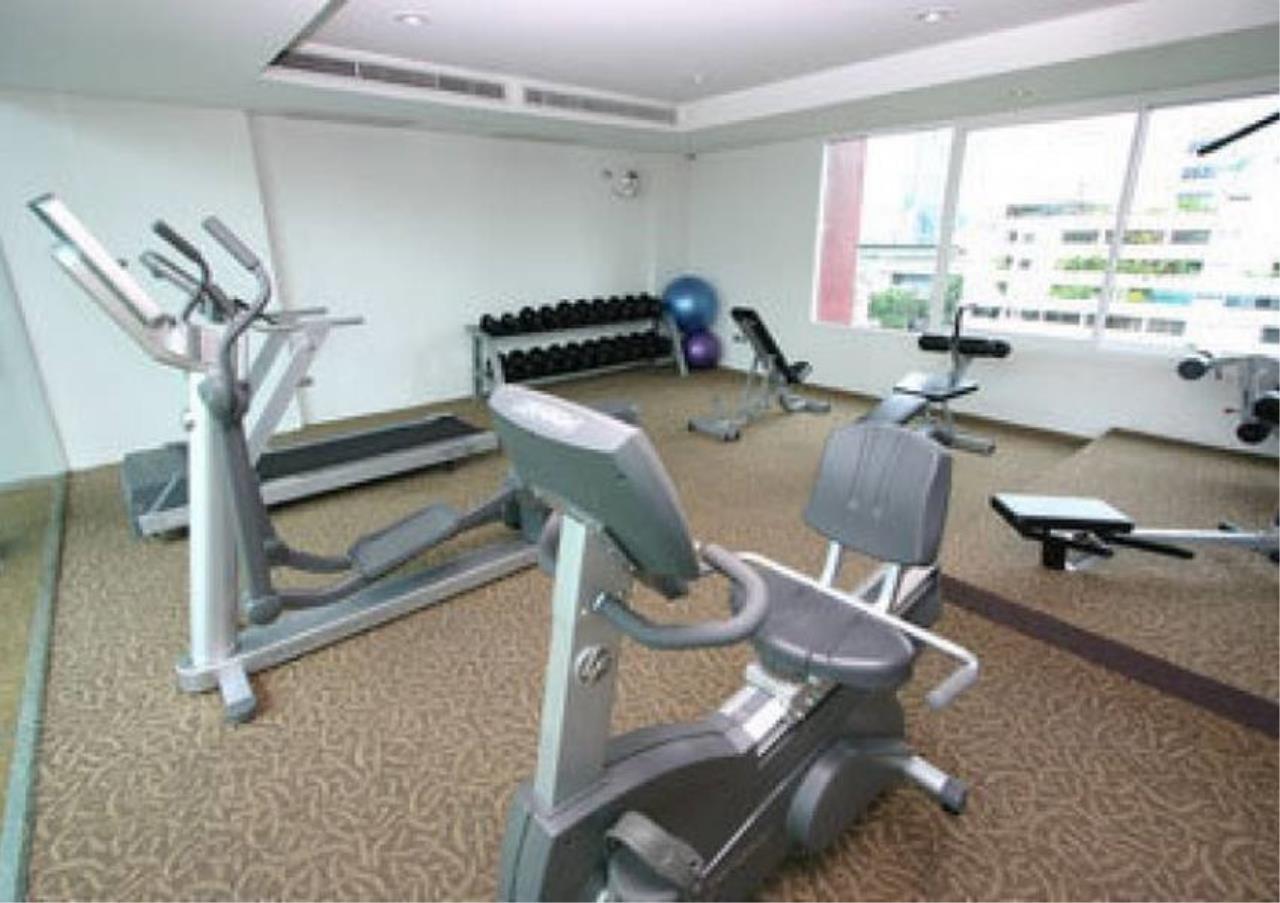 Bangkok Residential Agency's 2 Bed Condo For Rent in Phloenchit BR3467CD 3