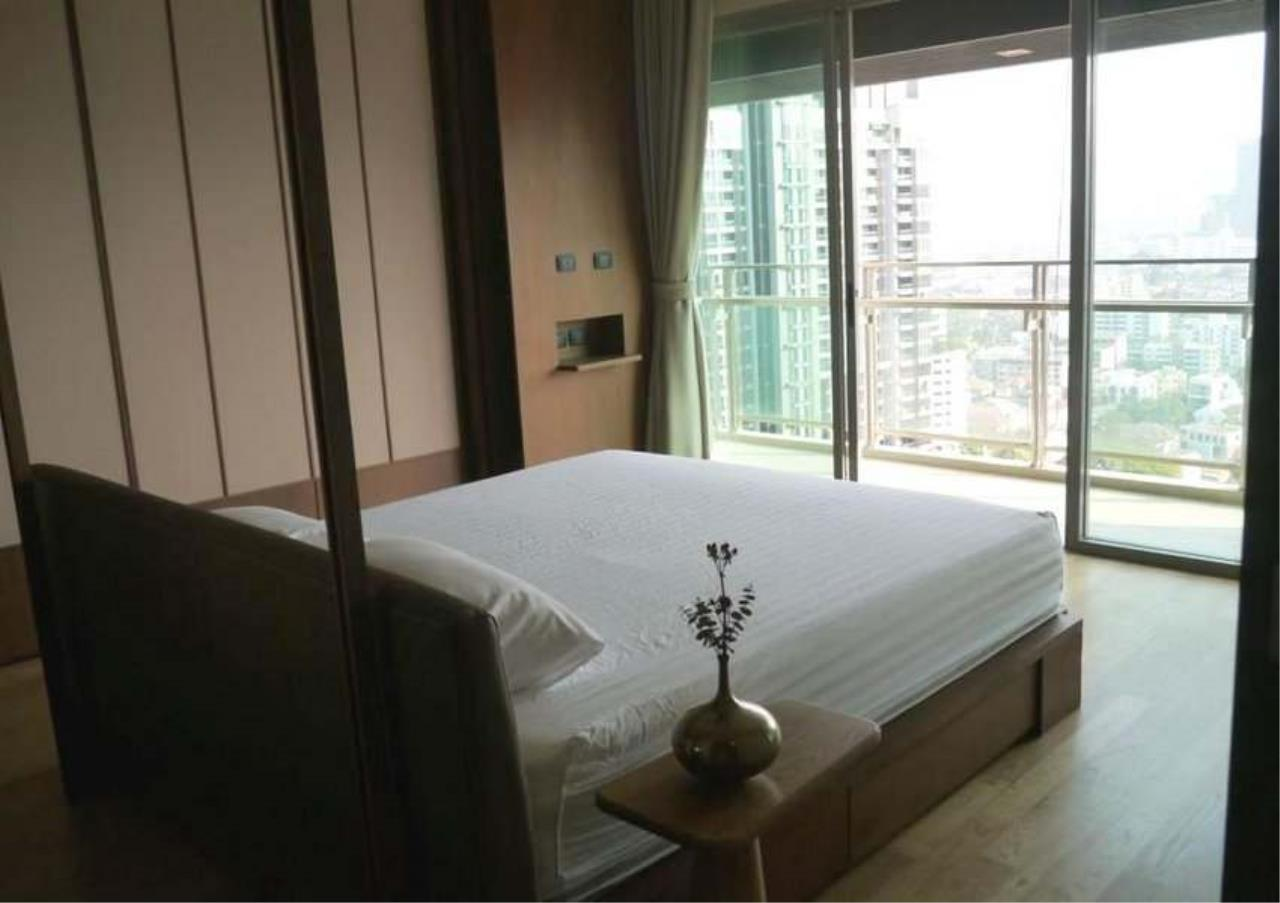 Bangkok Residential Agency's 3 Bed Condo For Rent in Phrom Phong BR3572CD 4